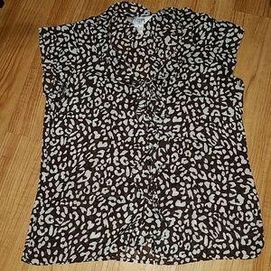 Allison Taylor blouse size M